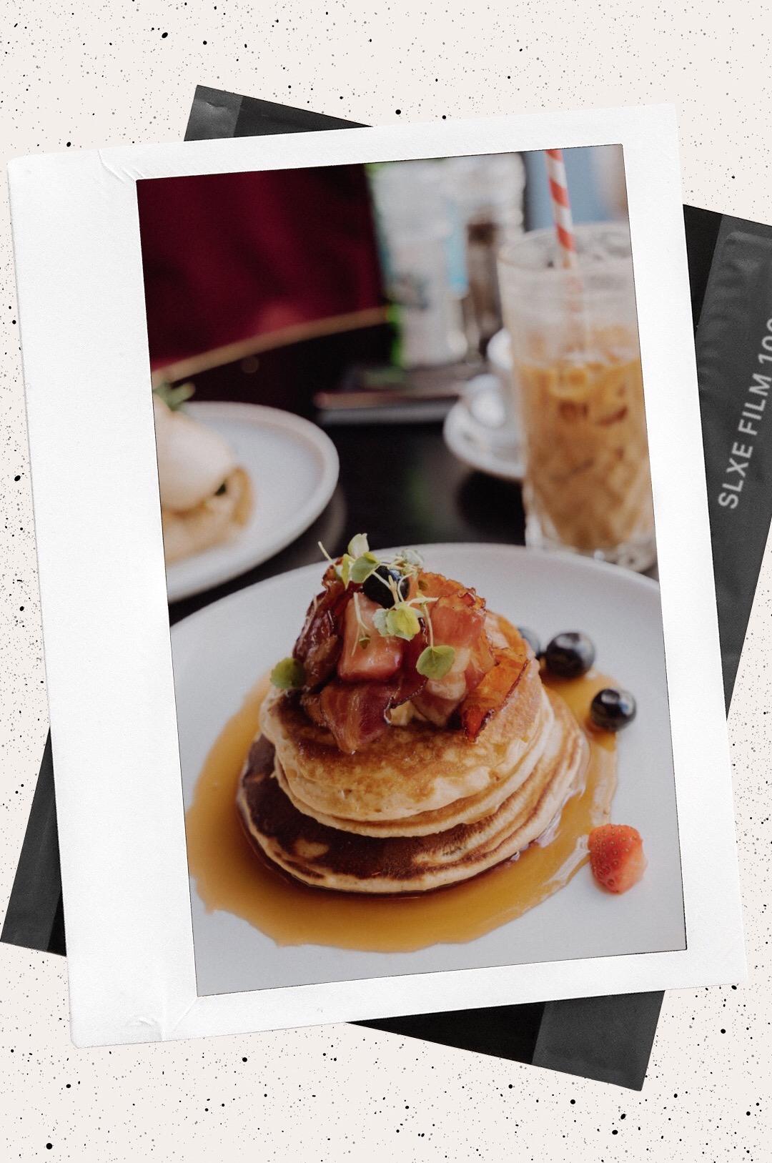 LINHÉ Travelguide Den Haag Walter Benedict Pancakes